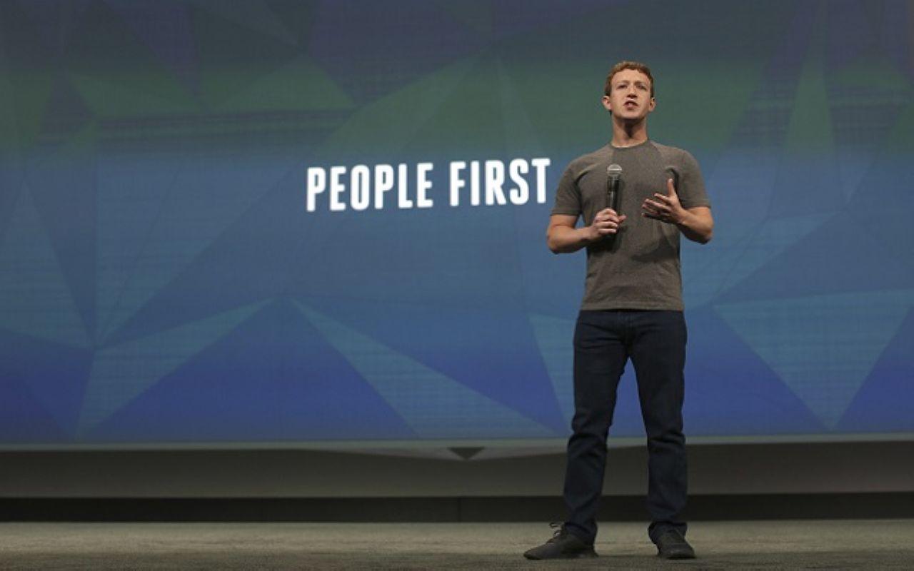 Ο Facebook CEO Mark Zuckerberg