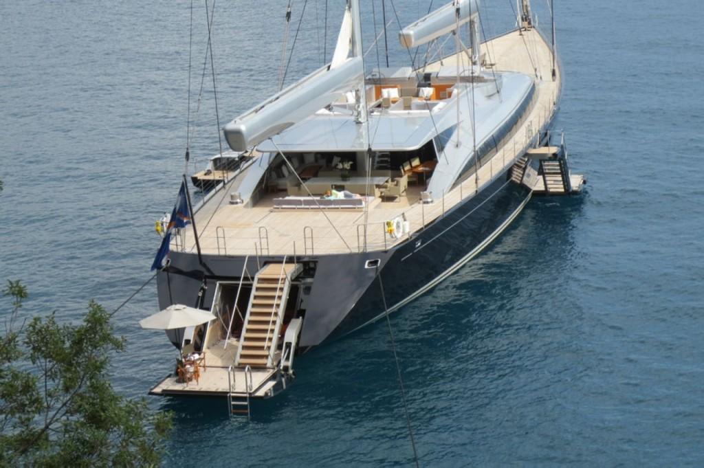 yacht Rupert Murdoch (3)A