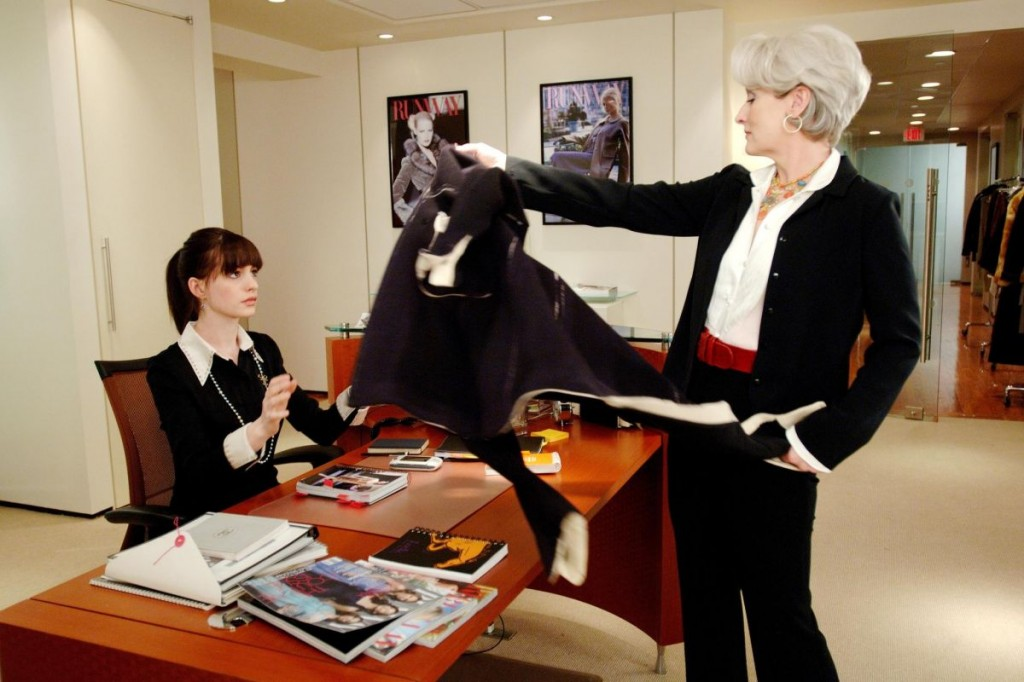 still-of-meryl-streep-and-anne-hathaway-in-the-devil-wears-prada-(2006)-large-picture
