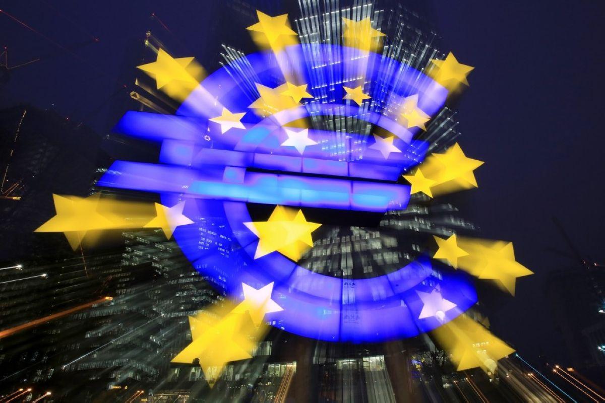 Δεκαέξι χρόνια Ευρώ